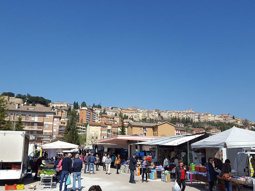 Il mercato di Vallicelle