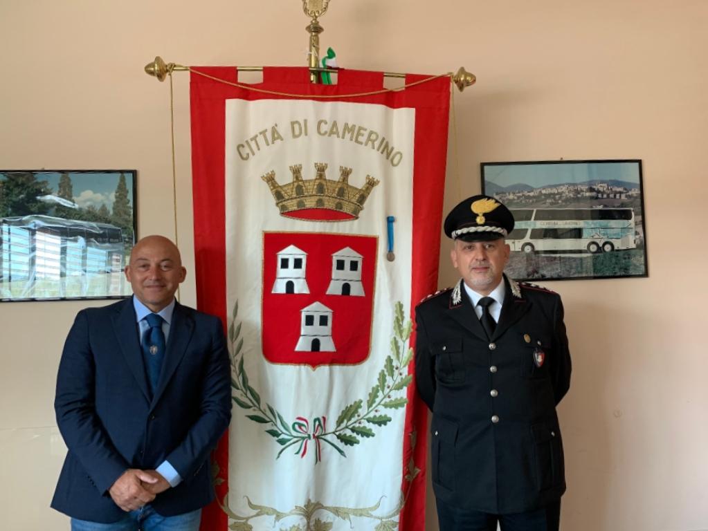 Il sindaco Sandro Sborgia e il Ten. Colonnello Carmelo Grasso