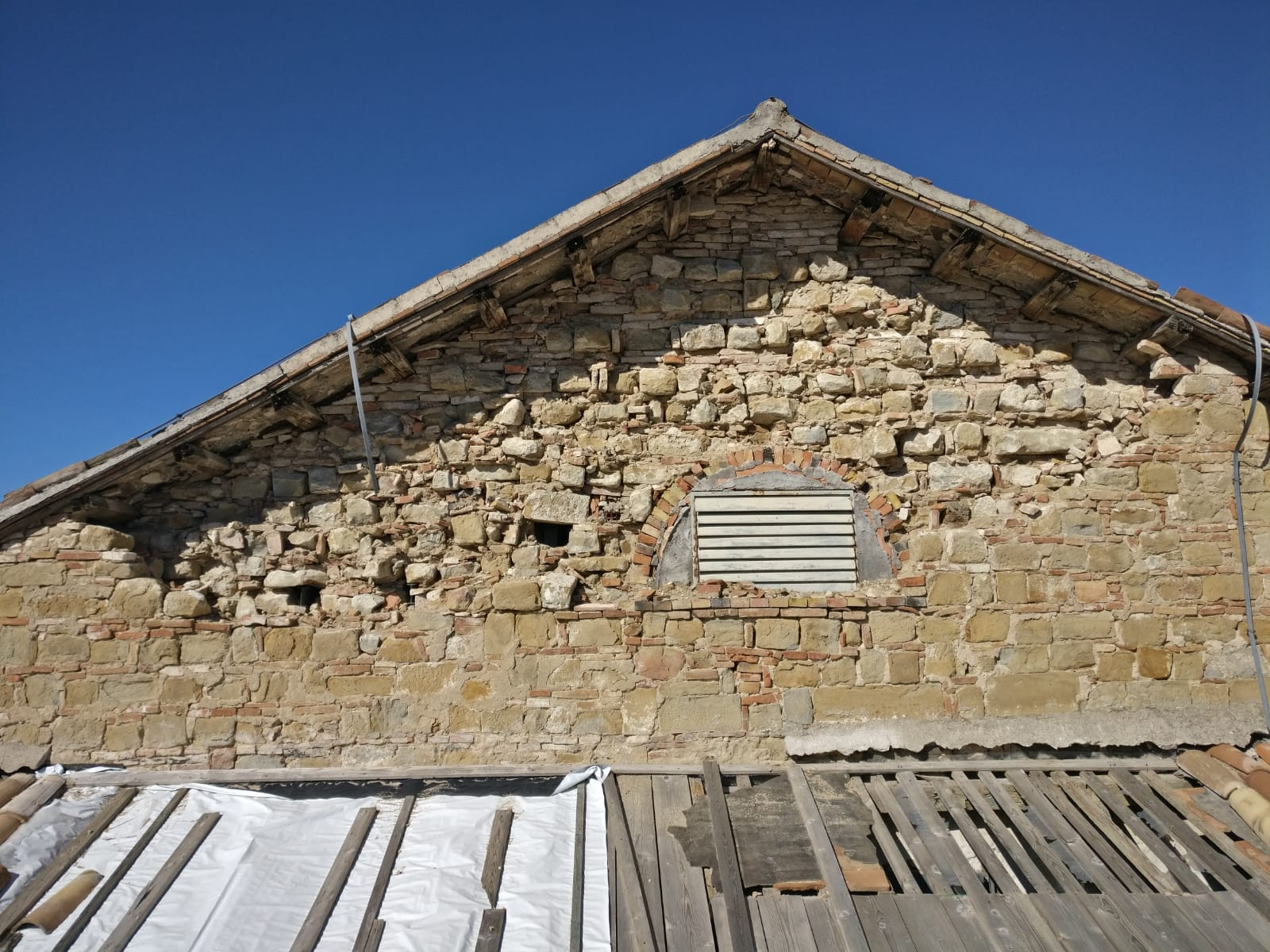 Il tetto del teatro Filippo Marchetti