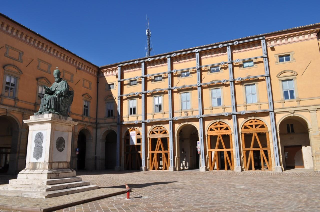 Piazza Cavour a Camerino